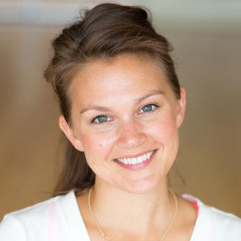Lauren Newton